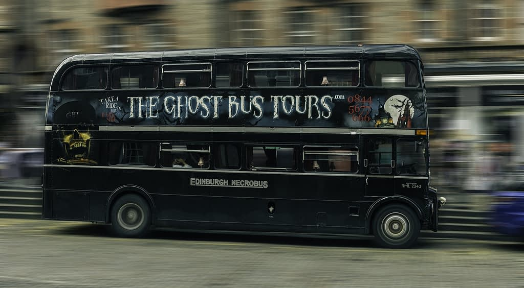 bus ghost tour